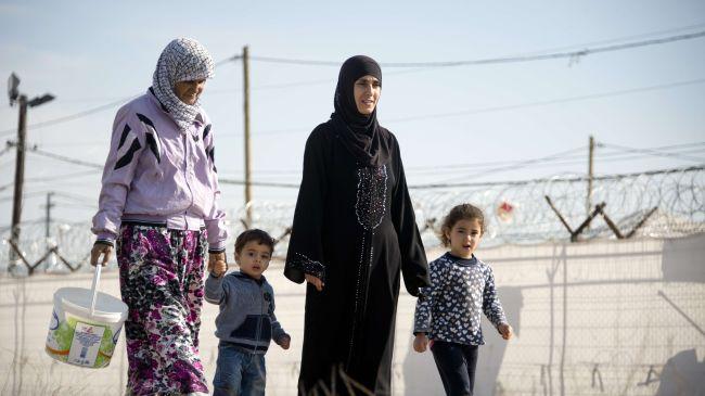 syrian refugee women 2