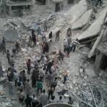 البراميل المتفجرة تستهدف مخيم اليرموك للاجئين الفلسطينيين
