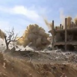 سقوط البراميل المتفجرة أمام المصور في داريا 13-2-2016