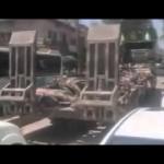 وحدات حماية الشعب الكردية تستعرض جثث قتلى في معارك في أجواء احتفالية