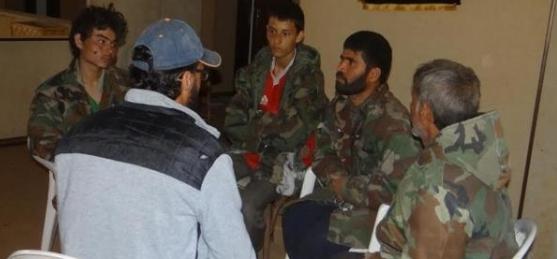 الأسرى الأفغان الأربعة قبل إطلاق سراحهم
