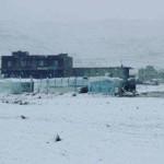 الثلوج تحاصر اللاجئين في عرسال