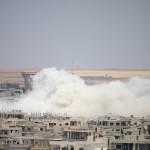 قصف بالبراميل يستهدف مخيماً للاجئين الفلسطينيين