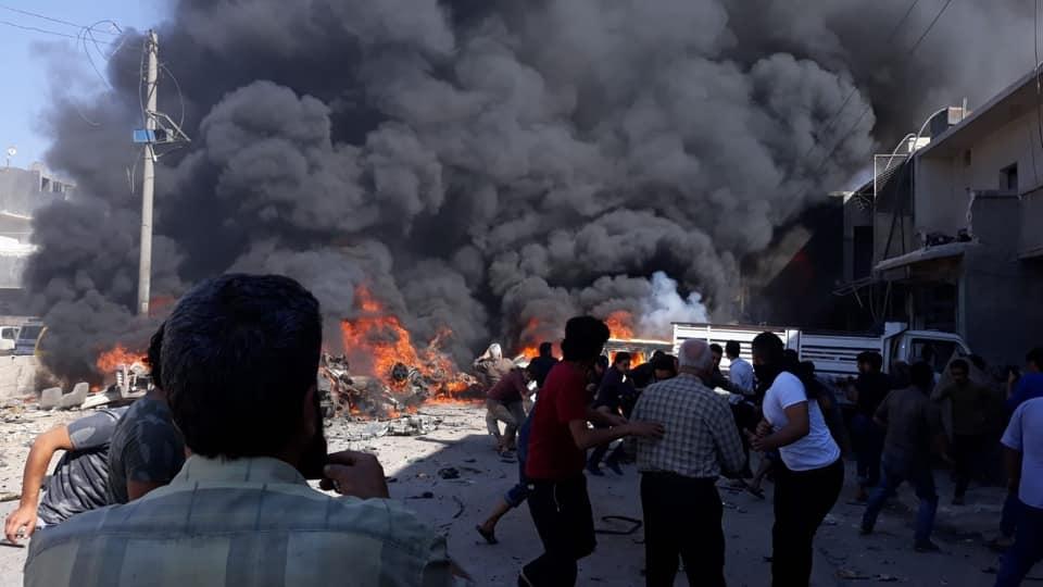 الدخان يتصاعد في مكان الانفجار